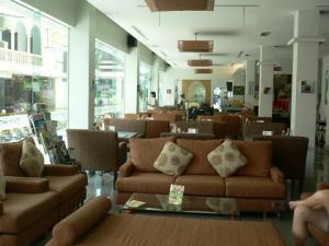 Hotel Lobby @ CNHotel