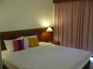 Room @ CNHotel